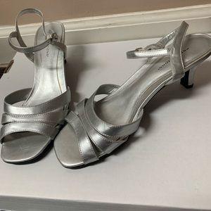 Predictions: Silver Heel w/ Strap